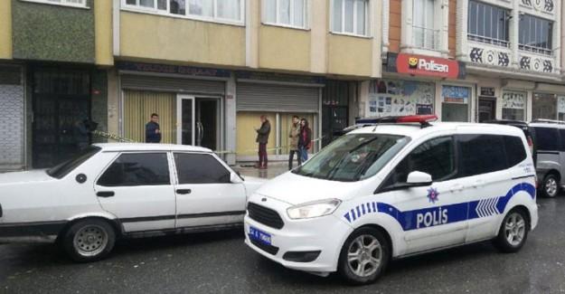 AK Parti Sultangazi Belediye Meclis Üyesi Ahmet Yıldız Silahlı Saldırıya Uğradı