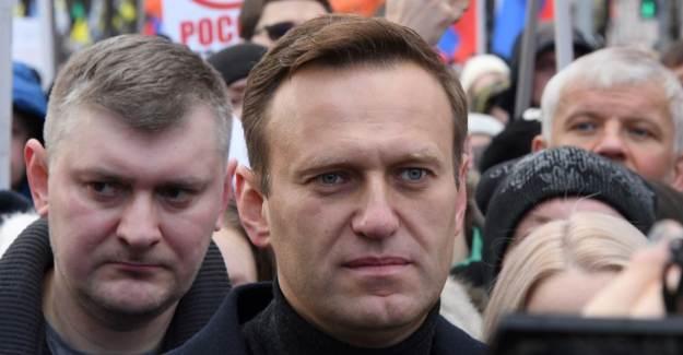 Aleksey Navalni Taburcu Oluyor. Şimdi Putin Düşünsün