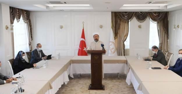 Ali Erbaş: Milletimize Korona Karşısında Rehberlik Etmeye Çalıştık