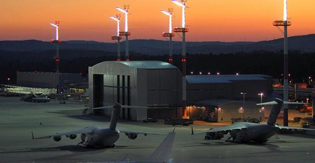 Alman Politikacılar Almanya'daki ABD Füzeleri Yasağını Düzenlediler