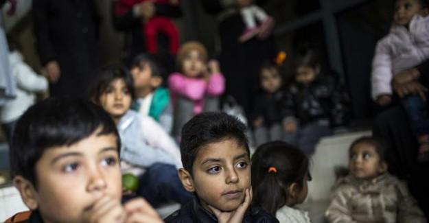 Almanya Yunanistan'daki Sığınmacı Çocukları Kabul Etmiyor!
