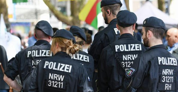 Almanya'da Silahlı Saldırı! Çok Sayıda Ölü Var