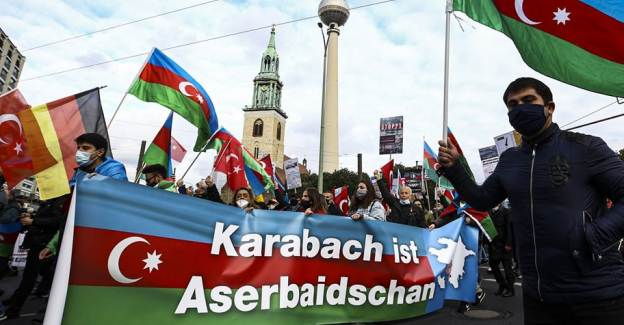 Almanya'daki Türkler, Azerbaycan İçin Sokağa Çıktı