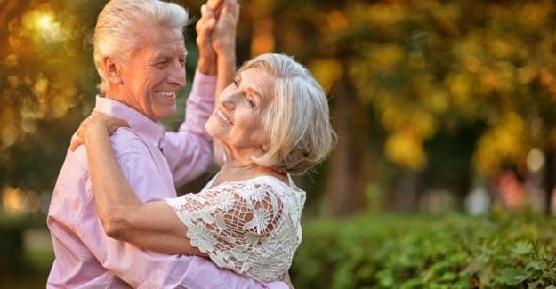 Alzheimer Riskini En Çok Düşüren Uğraş Müzik Eşliğinde Dans Etmek! (21 Eylül Dünya Alzheimer Günü)