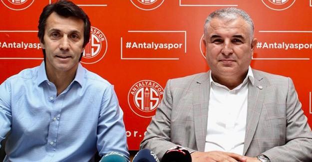 Antalyaspor Bülent Korkmaz İle İmzaladı!