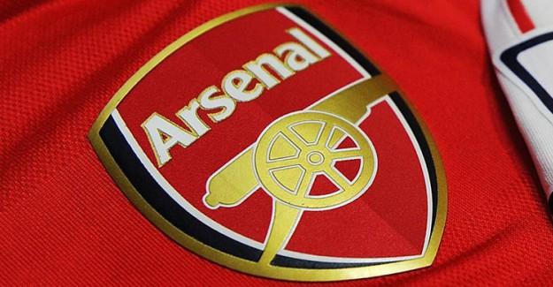 Arsenal'e Yunan Stoper! Anlaşma Çok Yakın