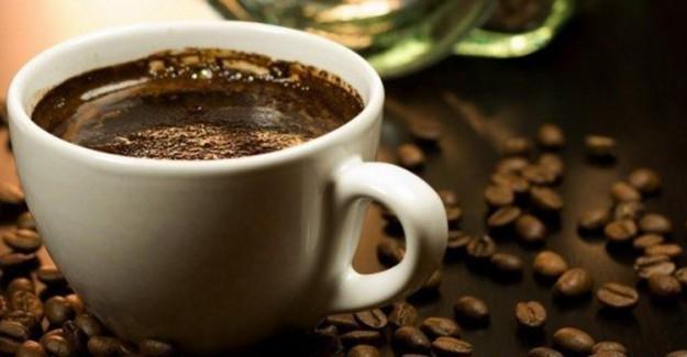 Aşırı Kahve Tüketimi Cilt Sorunlarına Neden Olabilir