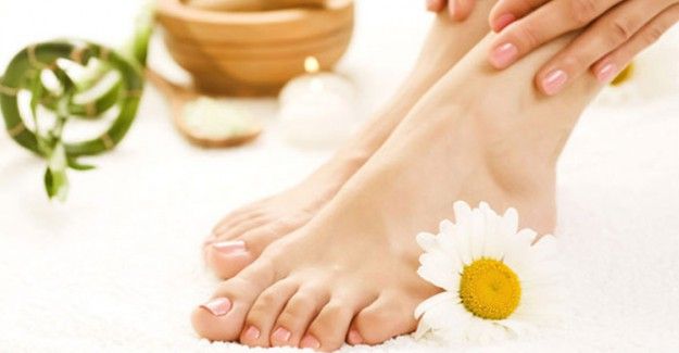 Ayak Bakımı İçin Nem Çorapları - Ayak Bakımı Nasıl Yapılır?