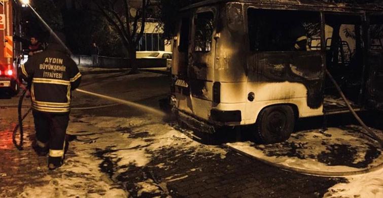 Aydın'da Park Halindeki Minibüste Yangın Çıktı