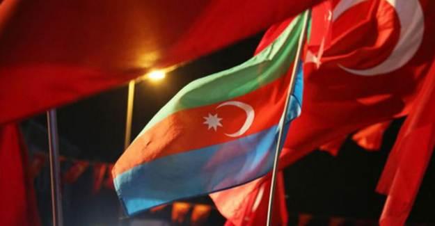 Azerbaycan'dan Erdoğan'ın Fransız Ürünlerini Boykot Çağrısına Destek