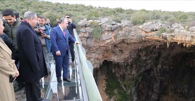 Bakan Varank Gilindire Mağarası'nda İncelemer Yaptı
