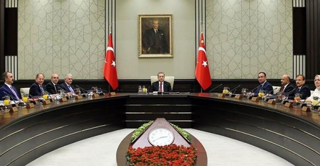 Bakanlar Kurulu'na KHK Yetkisi Veren Tasarı Meclis'te Onaylandı