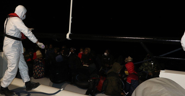Balıkesir Ayvalık'ta 39 Göçmen Kurtarıldı