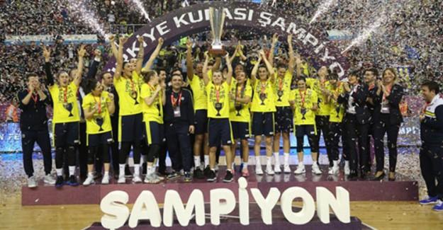 Basketbol Kadınlar Türkiye Kupası'nın Sahibi Fenerbahçe Oldu