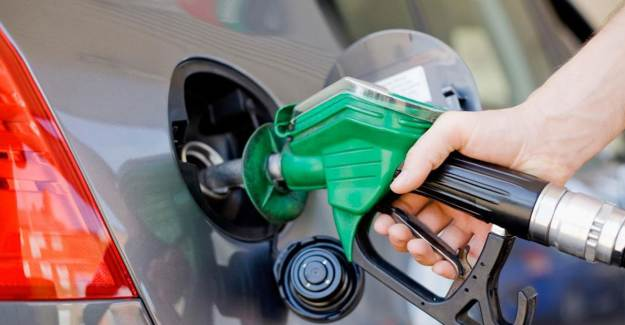 Benzine Büyük Zam Geliyor