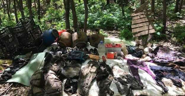 Bitlis'te Terör Örgütünün 32 Odalı Sığınağı İmha Edildi