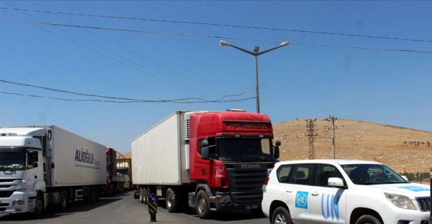 BM'den İdlib'e Giden İnsani Yardım