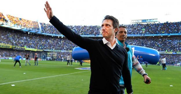 Boca Juniors, Schelotto'yla Yollarını Ayırdı!