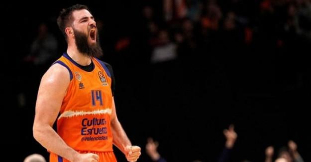 Bojan Dubljevic THY Euroleague'de Haftanın MVP'si Seçildi