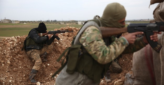 Muhalifler İdlib'de Iskaladı