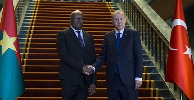 Burkina Faso Cumhurbaşkanı Kabore Ankara'da Karşılandı