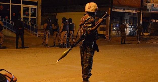 Burkina Faso'da Devriye Gezen 11 Asker Öldürüldü!