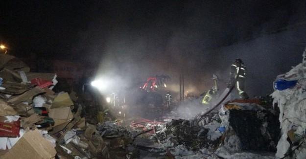 Bursa'da Kağıt Fabrikasında Korkutan Yangın