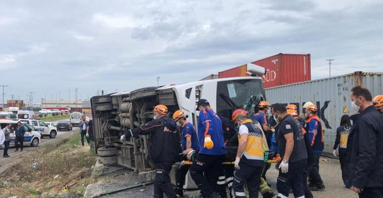 Bursa'da Korkunç Kaza! İşçi Servisi Yan Yattı: 1 Ölü, 20 Yaralı
