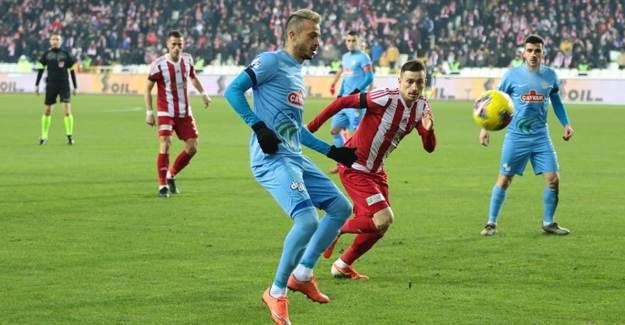Çaykur Rizespor'un 3 Futbolcusu Koronaya Yakalandı