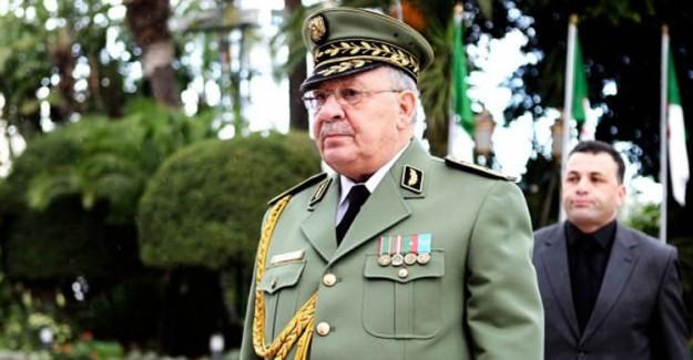 Cezayir Genelkurmay Başkanı Yaşamını Yitirdi