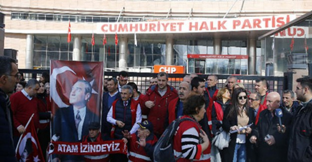 CHP Adaylarını Protesto Eden Kırmızı Yelekliler Eylemi Sona Erdi