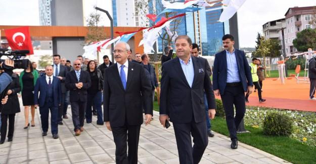 CHP'de Maltepe Teşkilatı Topluca İstifa Etti