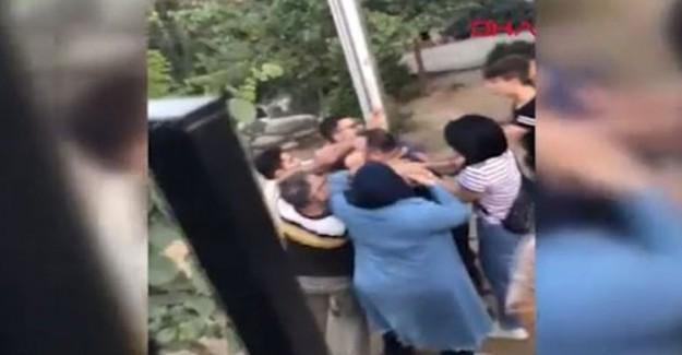 Çocukları Taciz Ettiği İddia Edilen Şahıs Tekme Tokat Dövüldü