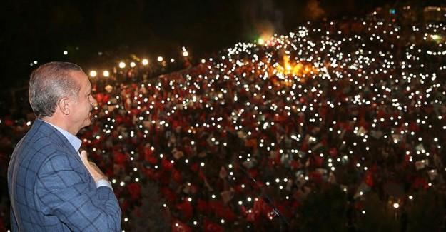 Cumhurbaşkanı Erdoğan Ankara'da Balkon Konuşması Yapacak