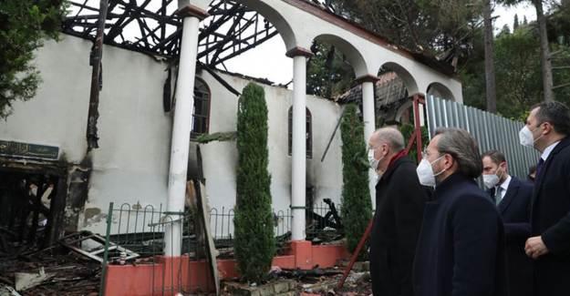 Cumhurbaşkanı Erdoğan Yanan Vaniköy Camii'nde İncelemede Bulundu