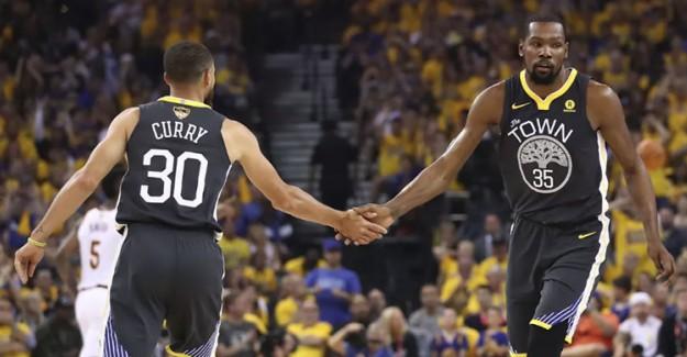 Curry ve Durant Ortaklığı Warriors'u Galibiyete Taşıdı!