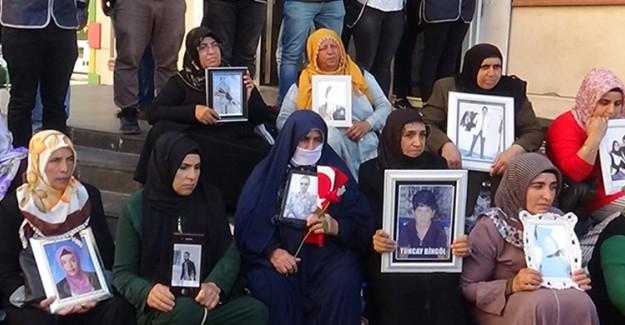 Diyarbakır Anneleri, ODTÜ'lü Öğrencilere Teşekkür Etti