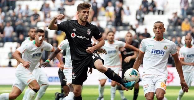 Dorukhan Toköz'den Beşiktaş'a Kötü Haber!