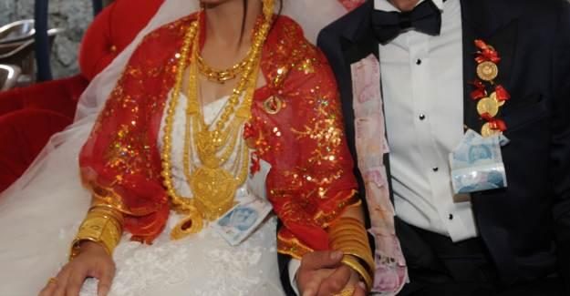 Düğünde Takılan Altınlar Kimin Hakkı?
