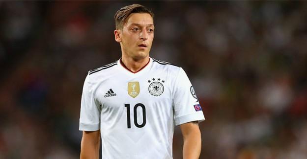 Dünya Kupası Öncesi Almanya'da Mesut Özil Belirsizliği!