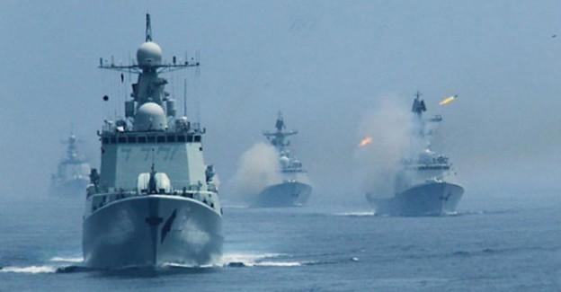 Dünya Şokta! ABD İran Donanmasına Ateş Açtı