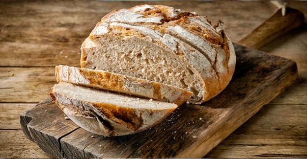 Ekmek Mutfak Tezgahı Üstünde Kalır mı?