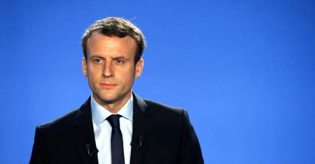 Emmanuel Macron: 'Laiklik Kimseyi Öldürmedi'