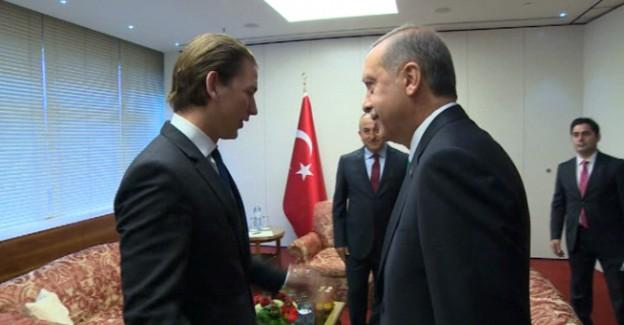 Erdoğan'ın Karşısında İki Büklümdü; Şimdi Bakın Ne Diyor