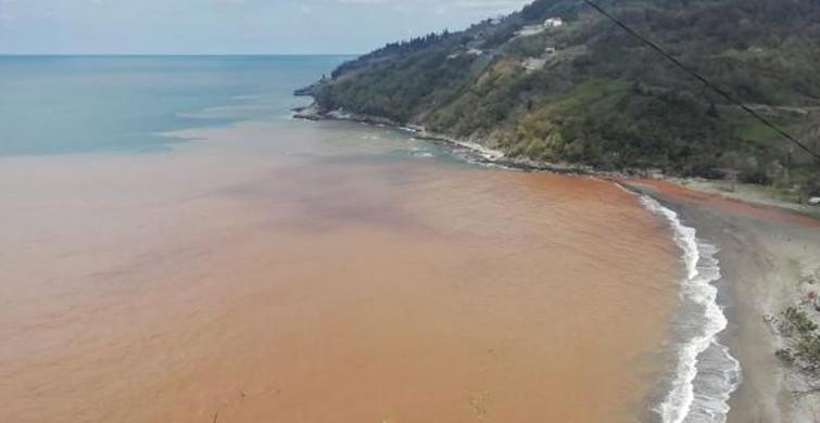 Ereğli'de Denizin Rengi Değişti