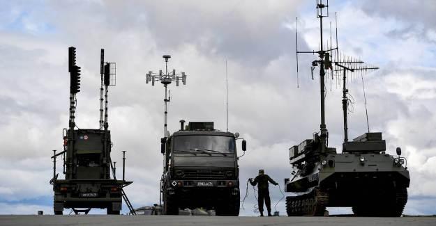 Ermenistan'dan Türk SİHA'sı İtirafı: Rus Sistemleri İşe Yaramadı