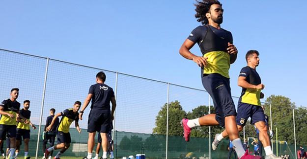Fenerbahçe Avusturya'da Antrenmanlarını Sürdürüyor