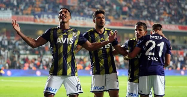 Fenerbahçe'de Gönderilmesi Planlanan Oyuncudan Beklenmedik Talep!