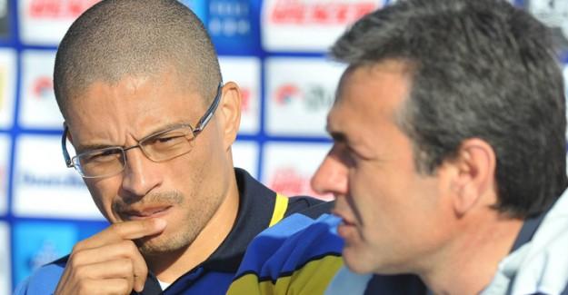Fenerbahçe'nin Efsanevi Kaptanı Alex'ten Pişmanlık! Daha Profesyonel Davranabilirdim