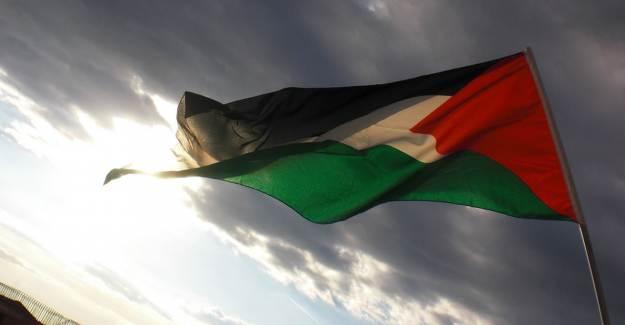 Filistin BAE'nin Yardım Malzemelerini Reddetti